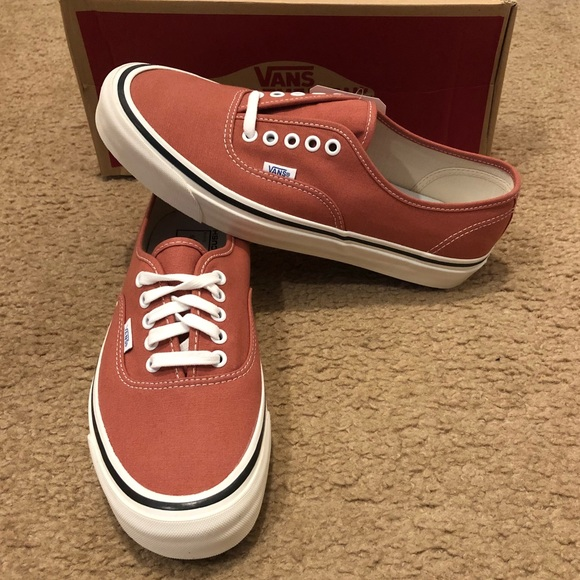 80cee0db3aee Anaheim Factory Authentic 44 DX Vans NWT